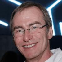 Tobias Burz im Experten-Interview mit deafservice