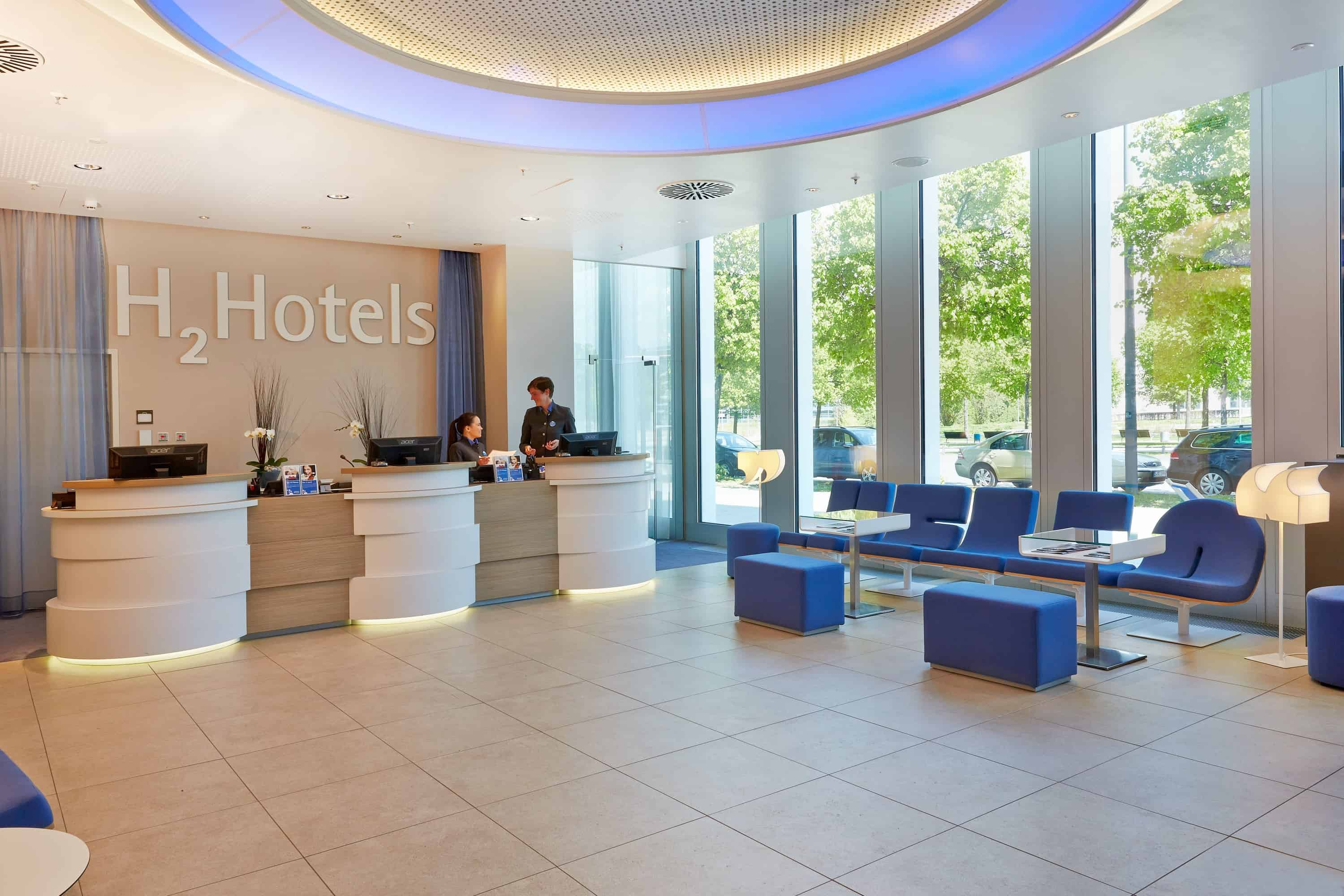 h-hotels_empfang-05-h2-hotel-muenchen-messe_L (max. 3000px) _d4c53d8f
